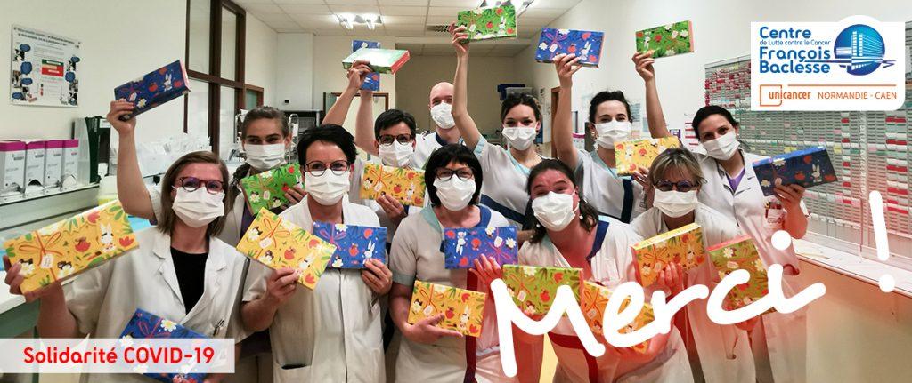 Soignants de l'Hôpital de jour avec les chocolats Jeff de Bruges
